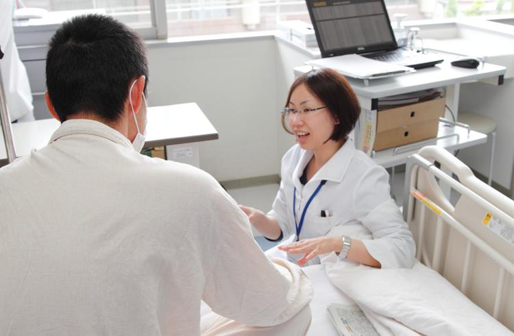 患者さんとコミュニケションを図りながら栄養管理